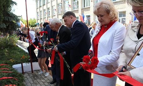 ВКарачеве установили бюст полного кавалера 3-х орденов Славы Ивана Кузнецова